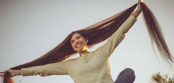 Una cordobesa de 17 años tiene el pelo más largo del mundo