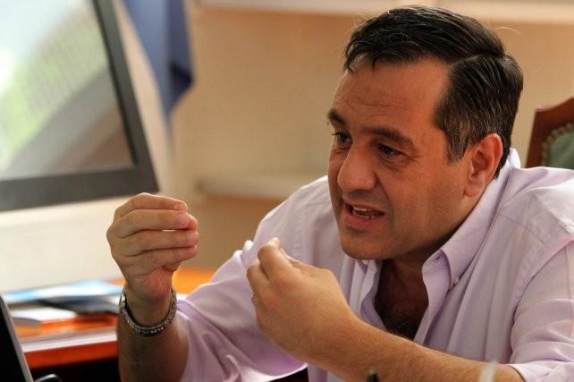 El FpV emplaza a Finocchiaro por salarios docentes