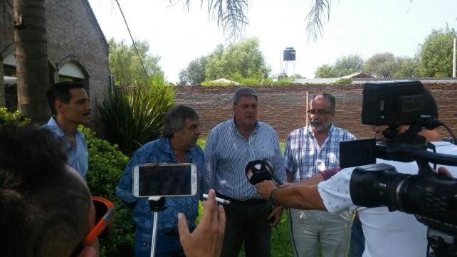 Ricardone clausuró el estacionamiento de la planta Vicentín