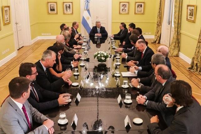 Alberto Fernández le pidió una propuesta a las petroleras