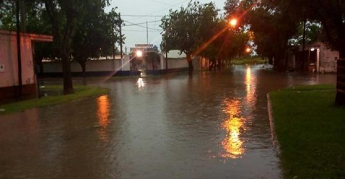 Cayeron hasta 130 milímetros de lluvia en pocas horas en algunas localidades de la provincia
