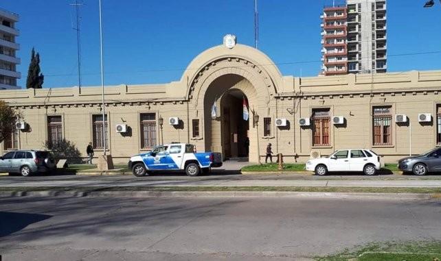 Allanan la Jefatura de Policía de San Lorenzo por presuntas irregularidades