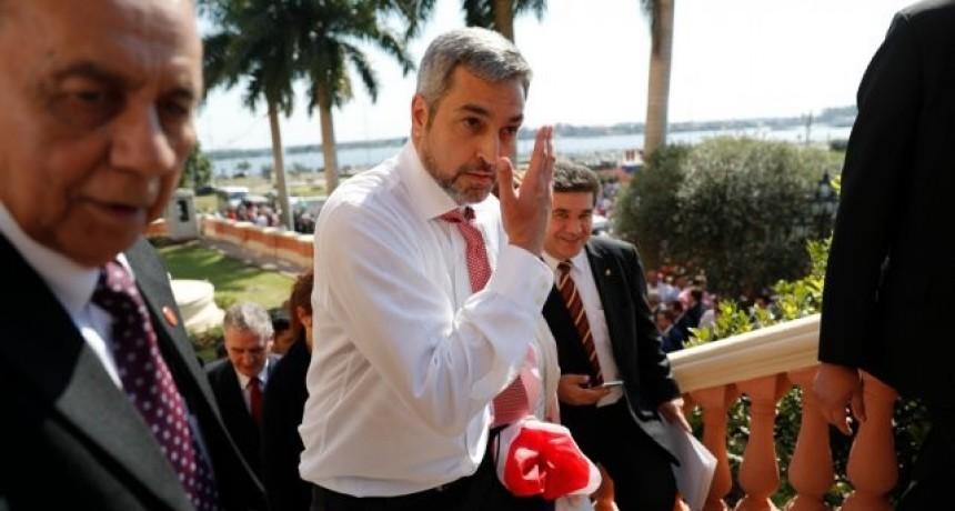 Confirman que el presidente paraguayo padece de dengue
