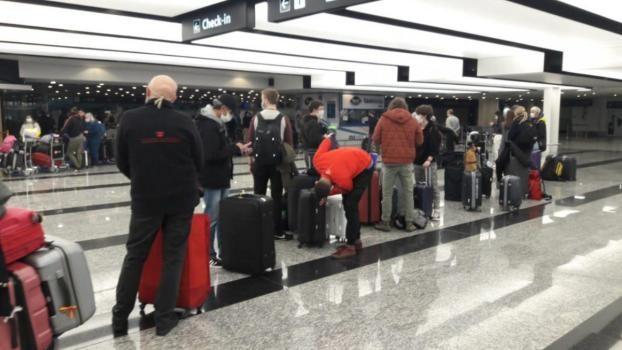 Evalúan el cierre del Aeropuerto Internacional de Ezeiza por temor al rebrote y la nueva cepa