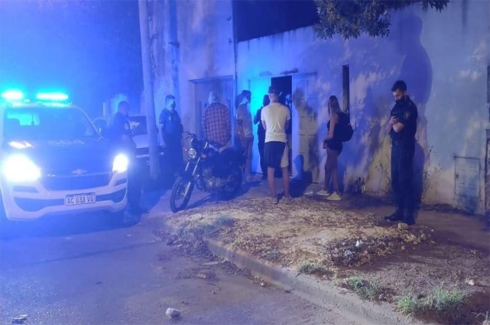 Fiesta clandestina a tres cuadras de la Comisaría y con menores