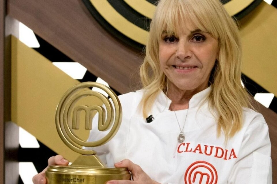 La gran ganadora: Claudia Villafañe agradeció al cielo y recordó a Diego Maradona