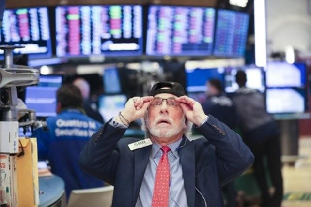 El dólar se disparó tras un jueves