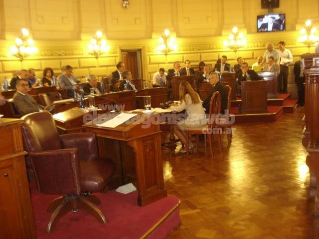 """La Legislatura Santafesina ratificó el denominado """"Consenso Fiscal"""""""