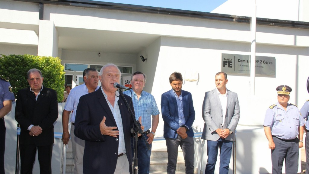 Lifschitz inauguró las obras de remodelación y ampliación de la Comisaria 2ª de Ceres