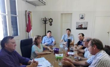 El Senador Michlig junto a una Comitiva de Ceres se reunió con la Ministra de Salud, Andrea Uboldi.