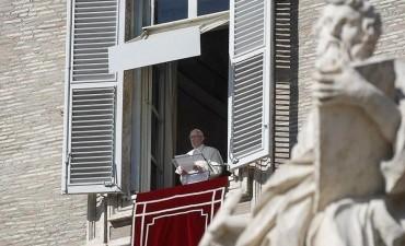 """El Papa convocó a una jornada de oración para decir """"no"""" a la violencia"""