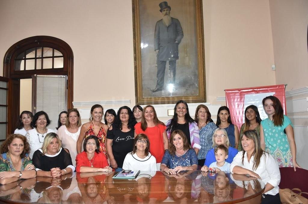 Vacante en Diputados: fija su posición el Foro de Mujeres Radicales