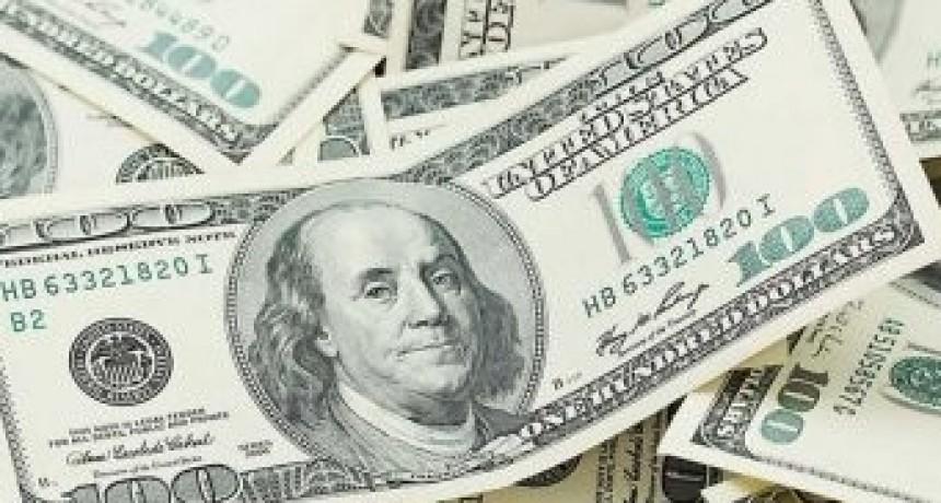 La tasa superó el 50% y el dólar se encamina al piso de la banda