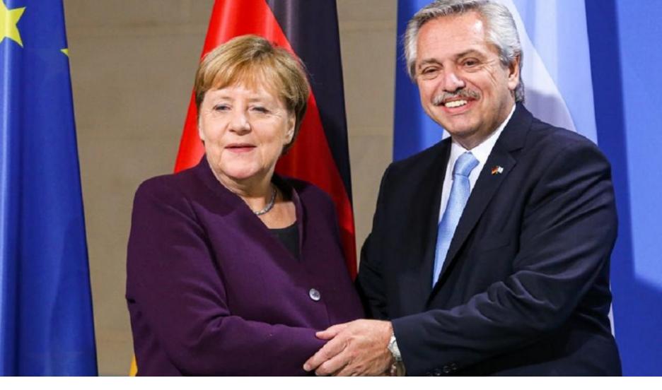 Merkel le prometió a Alberto Fernández ayudar con la negociación de la deuda