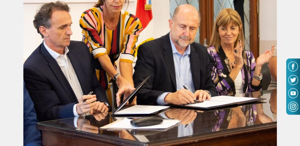 Rodenas participó junto a Perotti y el Minisitro Katopodis de un acto por la firma de un convenio entre Provincia y Nación