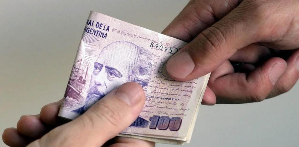 Más dinero en la calle y tasas de interés en bajas