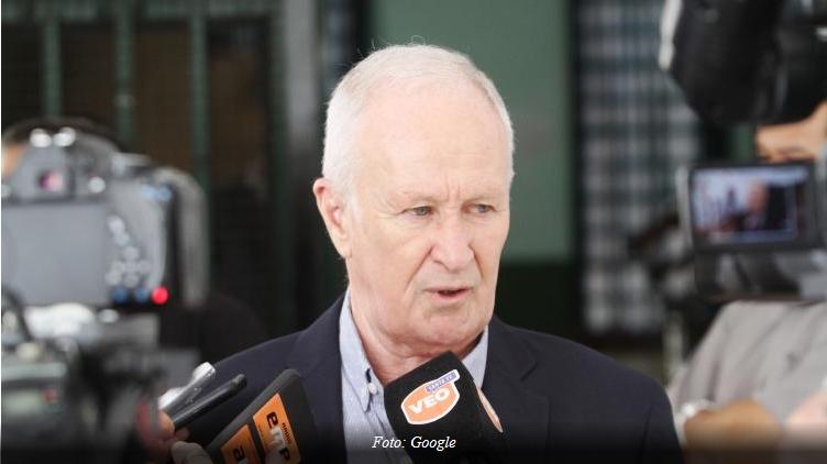 Lamberto recibió a los tomadores de créditos UVA para la compra de autos