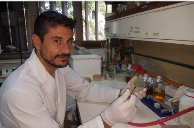 El rosarino que ayudó a desarrollar un kit para detectar coronavirus