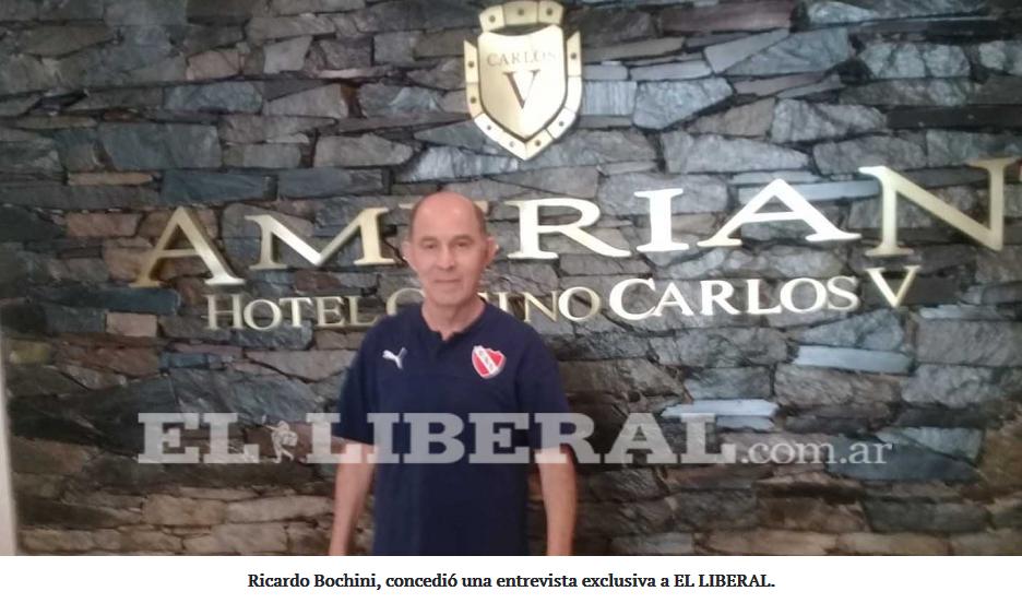 Ricardo Bochini, ídolo del fútbol argentino, visita Santiago del Estero
