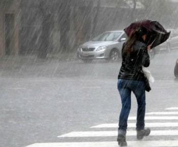 Alertas meteorológicos por tormentas fuertes en 16 provincias