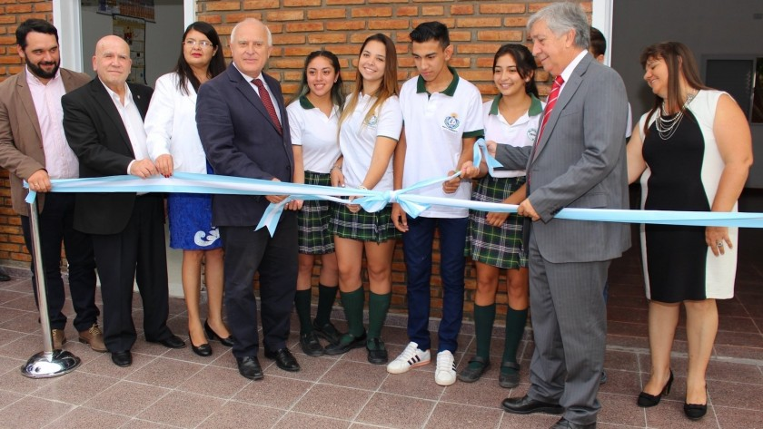 Lifschitz inauguró importantes obras en una escuela secundaria de Santa Margarita