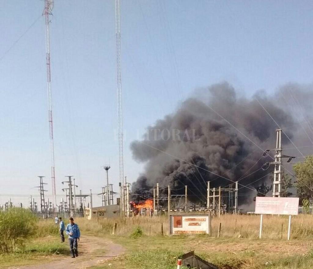 Arrufó: Impresionante incendio de un transformador