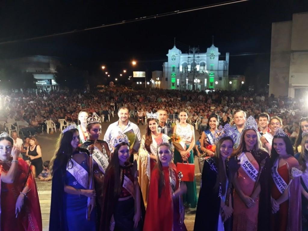 """Más de 4000 personas disfrutaron de la """"6° Fiesta Provincial del Recuerdo"""" en la ciudad de San Cristóbal."""