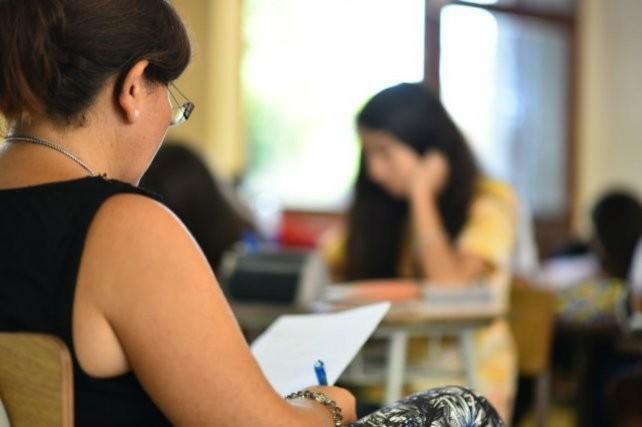 Los alumnos de las escuelas privadas rinden mejor que los de las públicas