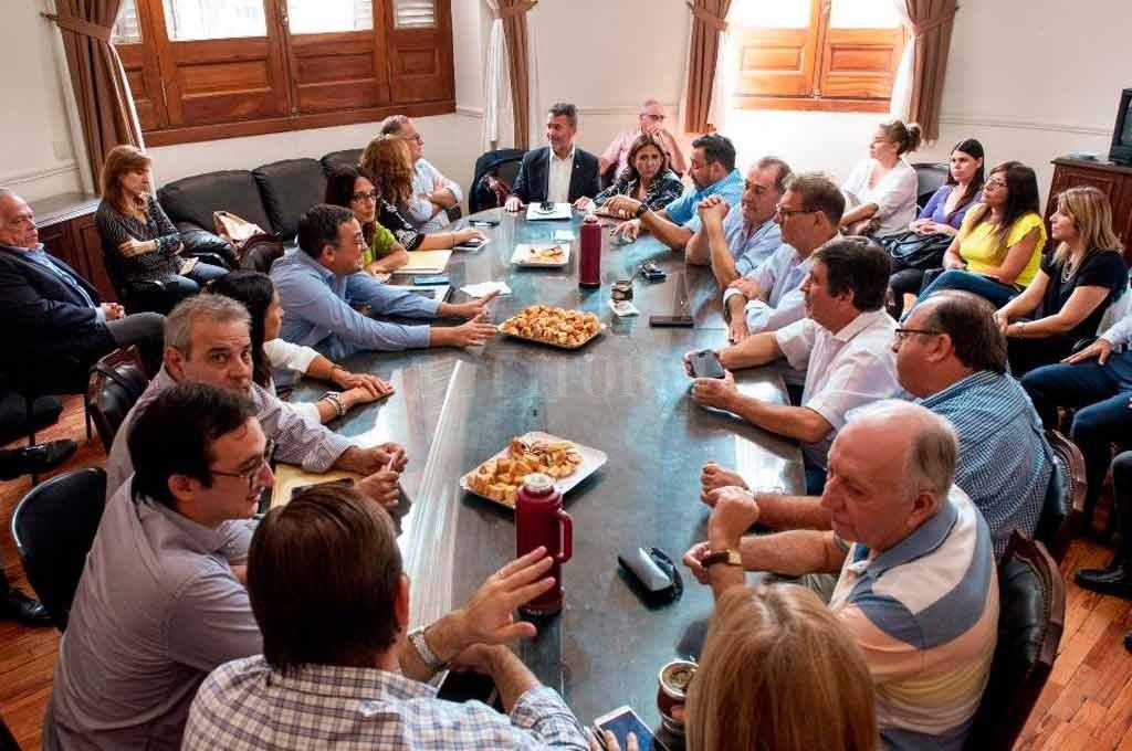 Discusiones paritarias casi estancadas en la provincia