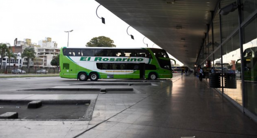 Extienden la suspensión del transporte interurbano de media y larga distancia