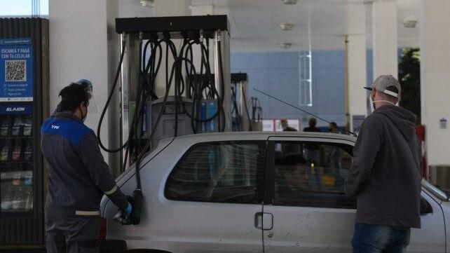 Naftas: el 12 de marzo aumenta la carga tributaria y se espera que eso se traslade a los consumidores
