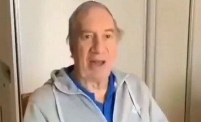 Carlos Bilardo recibió la primera dosis de la vacuna contra el coronavirus