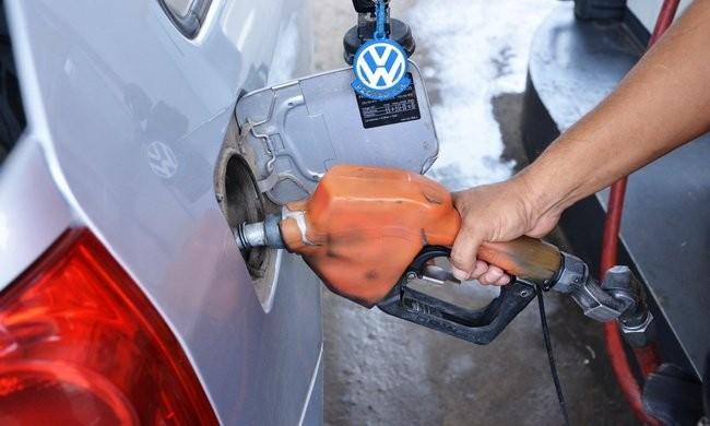 Sube la nafta: estaciones de Santa Fe esperan la notificación