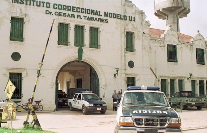 Los presos de Coronda realizan una huelga contra la limitación a las salidas transitorias