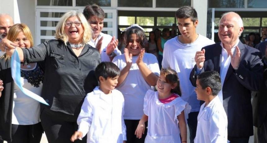 Quedó inaugurado el nuevo edificio del Núcleo Rural de la Escuela N° 2349 en Esteban Rams