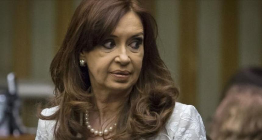 El procurador rechazó el pedido de Cristina Fernández para sesionar en forma virtual