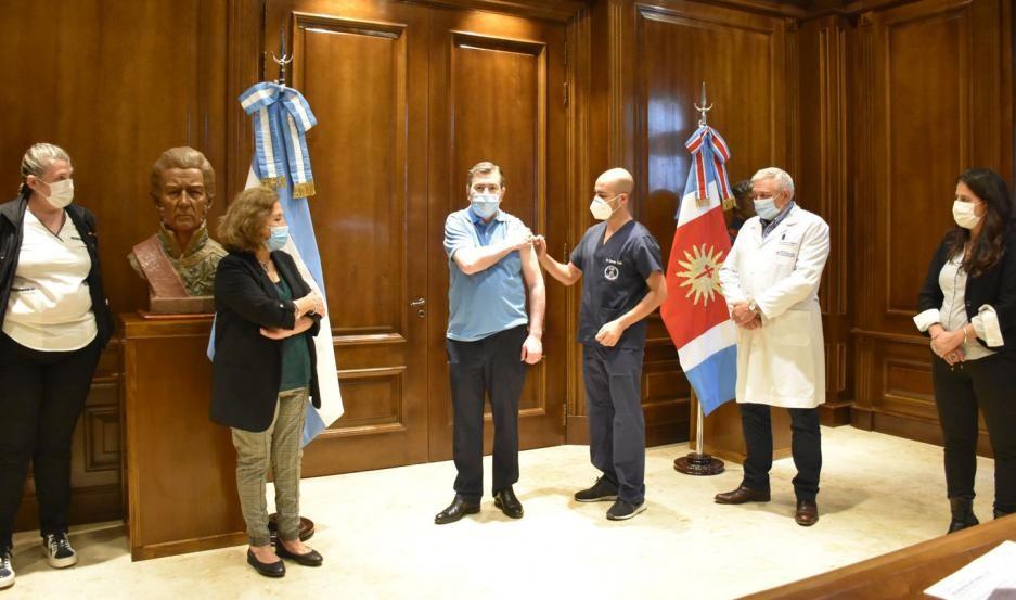 El Gobernador Zamora puso en marcha la campaña de vacunación antigripal 2021