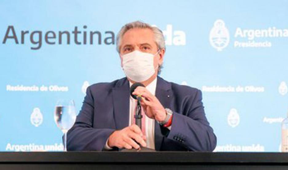 """Fernández confirmó que el fin de semana llegan más vacunas: """"Es mi mayor preocupación"""""""