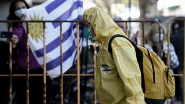 Uruguay: Evalúan penar con 2 años de cárcel a quien viole la cuarentena