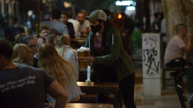 La provincia apunta a evitar amontonamientos en bares y restaurantes