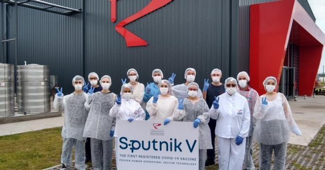 Argentina se convierte en el primer país de América en producir Sputnik, la vacuna de mayor eficacia hasta el momento