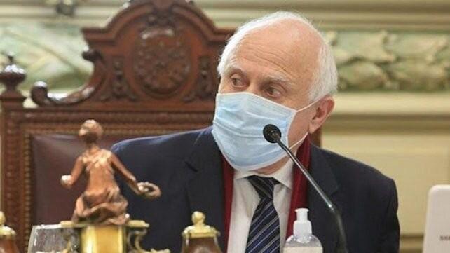 El ex gobernador Lifschitz continúa internado con