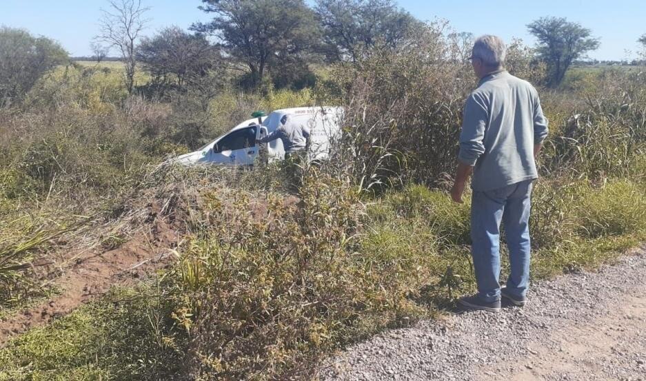 Ruta 7: Una ambulancia volcó cerca de Los Juríes