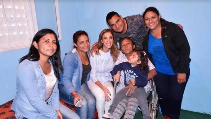 La Dra. Claudia de Zamora hizo entrega de viviendas sociales