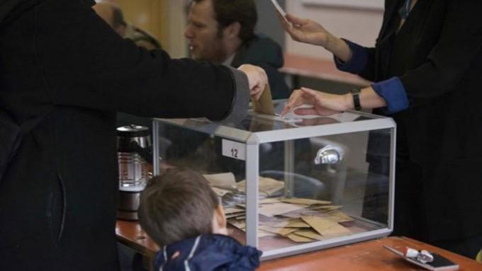 Francia elige presidente entre Macron y Le Pen
