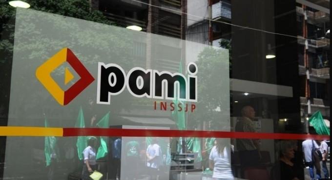 Cirujanos cardiovasculares cortaron el servicio al PAMI