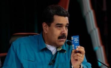 Maduro respondió al pedido de diálogo del papa Francisco