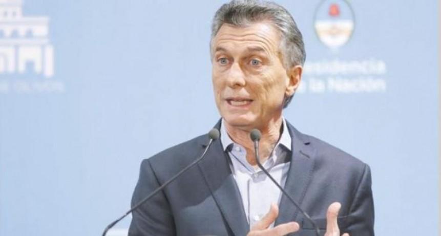 Macri dijo que quedó atrás la turbulencia cambiaria, pero le preocupa la inflación