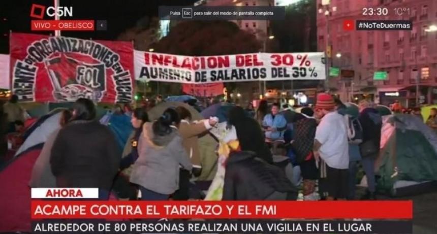 Buenos Aires: Organizaciones sociales acampan en el Obelisco