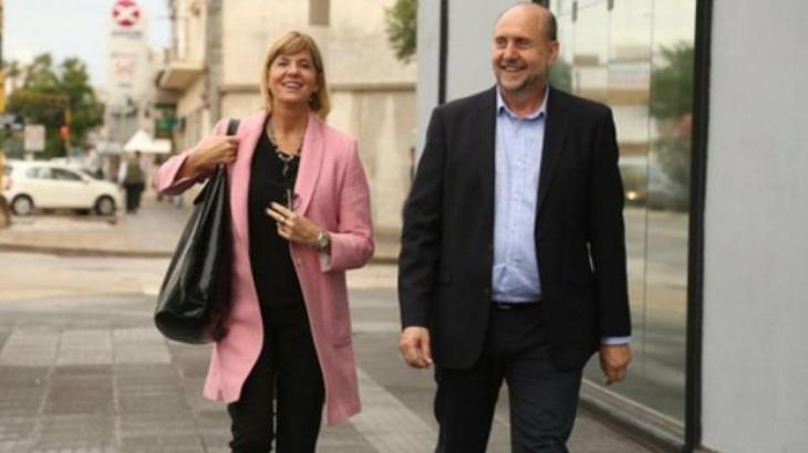 Perotti y Rodenas cobrarán la mitad de su sueldo y los ministros un 40% menos para destinar al área de salud